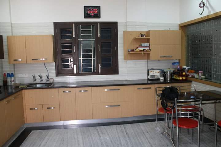 Straight line Kitchen Supplier Pune