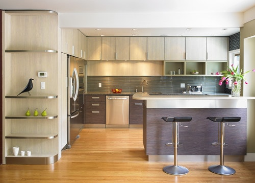 A Variation Of The Island Concept, This Kitchen Forms An Extra L Shape,  Reducing The Size Of The Work Triangle And Helping Control Traffic Flow In  A Large ...