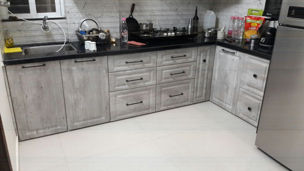 White Modular kitchen in sus gaon pune
